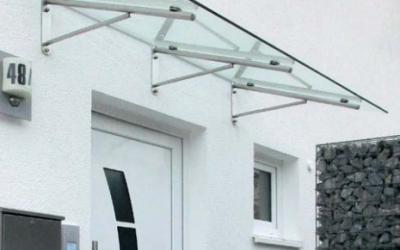 Haustür-Vordach